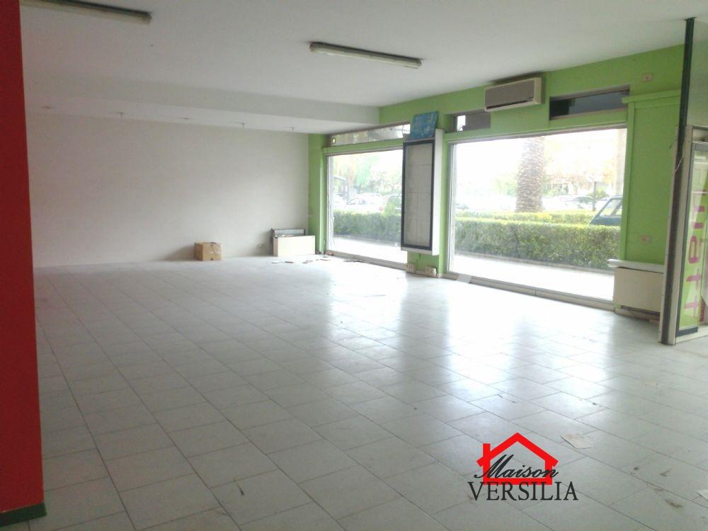 Ufficio / Studio in vendita a Massa, 8 locali, prezzo € 480.000 | PortaleAgenzieImmobiliari.it