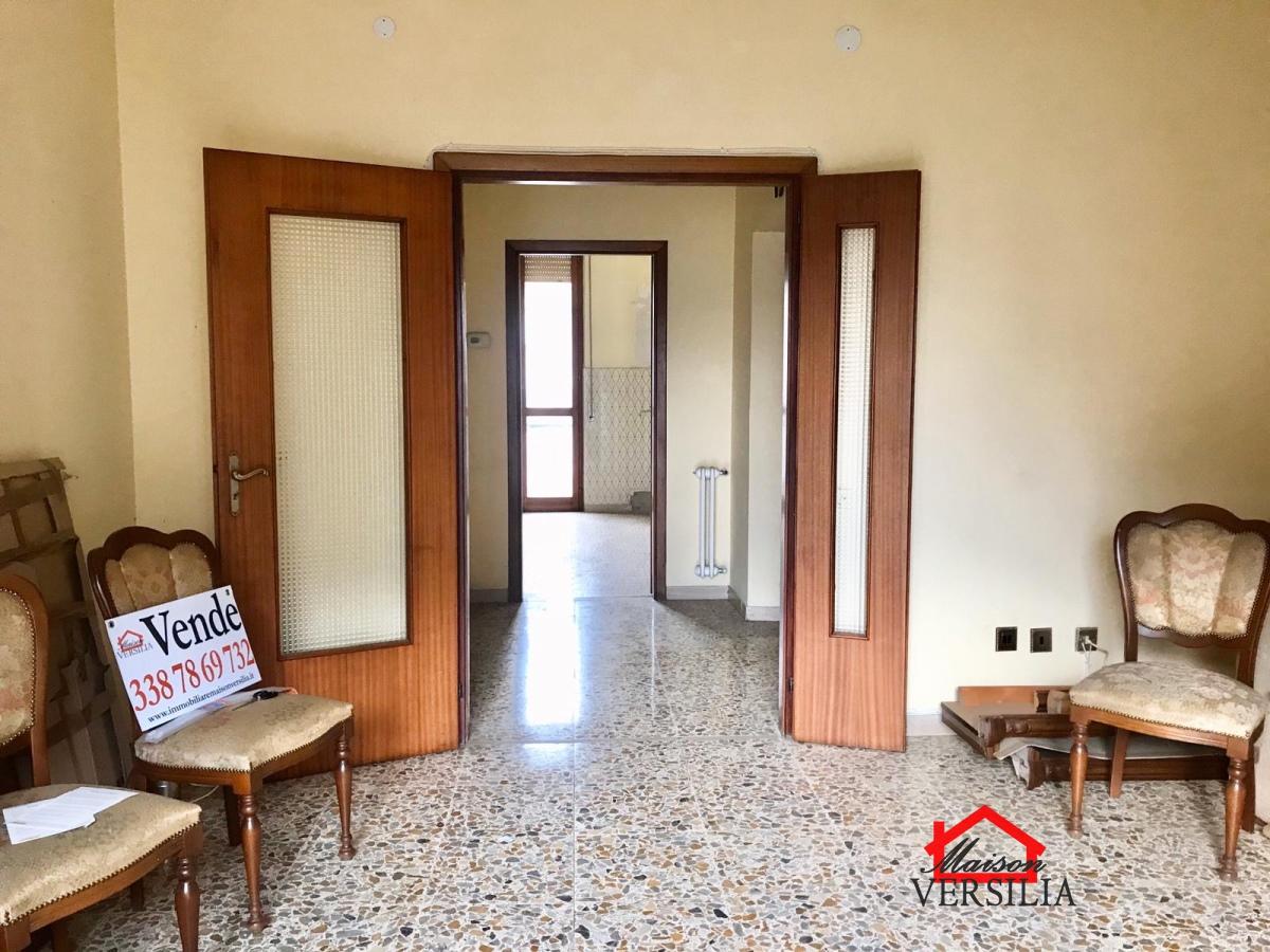 Appartamento in vendita a Pontremoli, 4 locali, prezzo € 130.000 | PortaleAgenzieImmobiliari.it