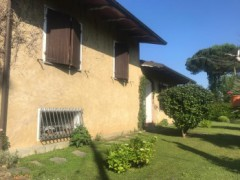 Detached house with garden of 1000 square meters in Ronchi - 2