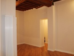 Finely renovated apartment in Old town in Pietrasanta - 4
