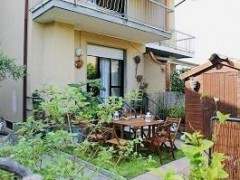Summer 2019 Rent terraced house with garden in Marina di Pietrasanta - 1