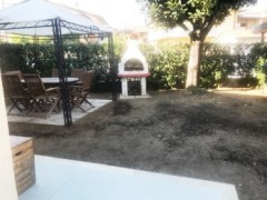 Ground floor apartment with garden for rent multi-year Marina di Massa - 3