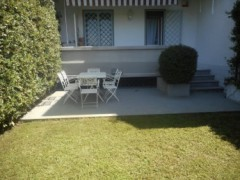 Ronchi (MS) apartment with garden and parking space - 10