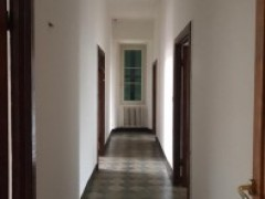 Pontremoli, large square apartment - 4