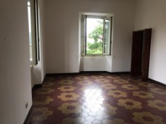 Pontremoli, large square apartment - 12